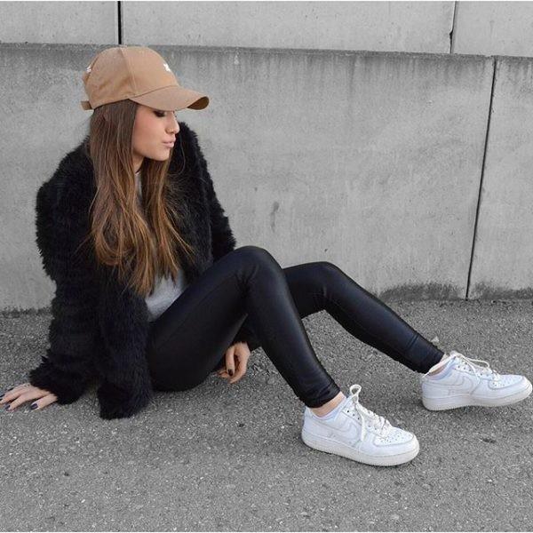 Resultado de imagen para outfit s blancos con negro