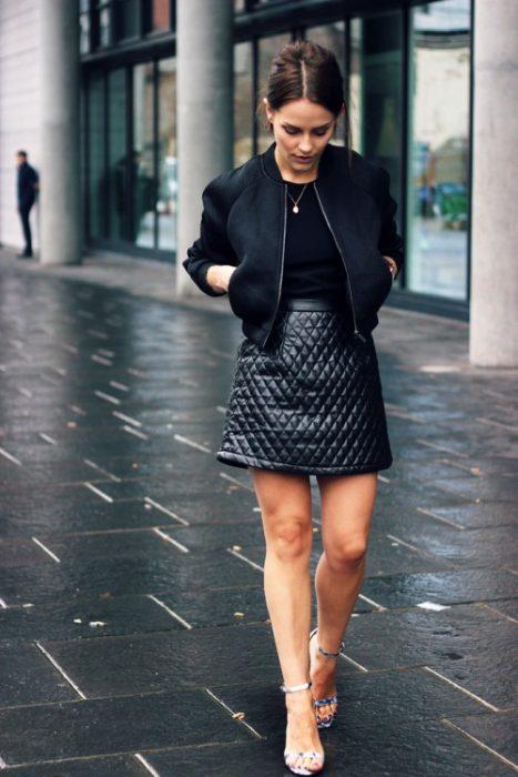 Outfits con Falda de Cuero noticiastu.com