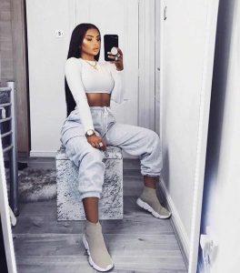 Lee más sobre el artículo 30+ looks con ropa deportiva para mujer que te fascinarán
