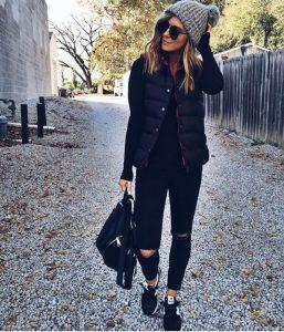 Outfits en negro para llenar de elegancia esta Navidad