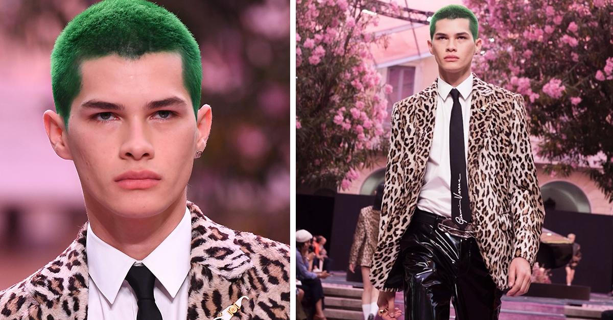 En este momento estás viendo Alfredo Díaz, modelo mexicano que acaparó miradas en Versace