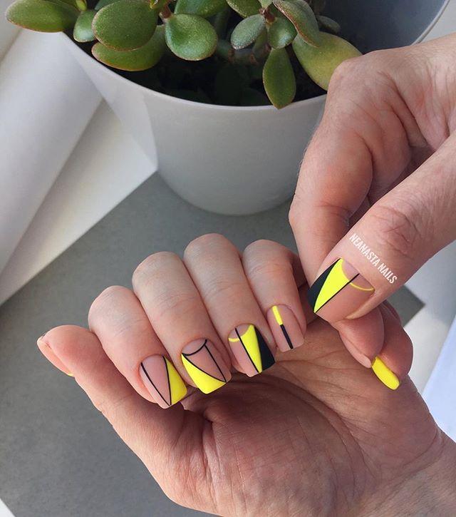 Nails Diseños de Uñas