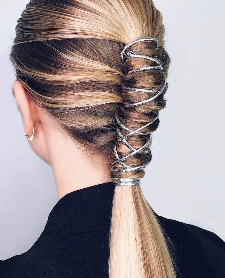 peinados recogidos de moda 2019