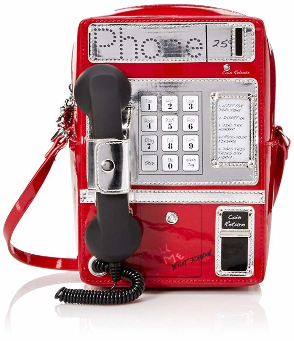 Bolso en color rojo en forma de teléfono