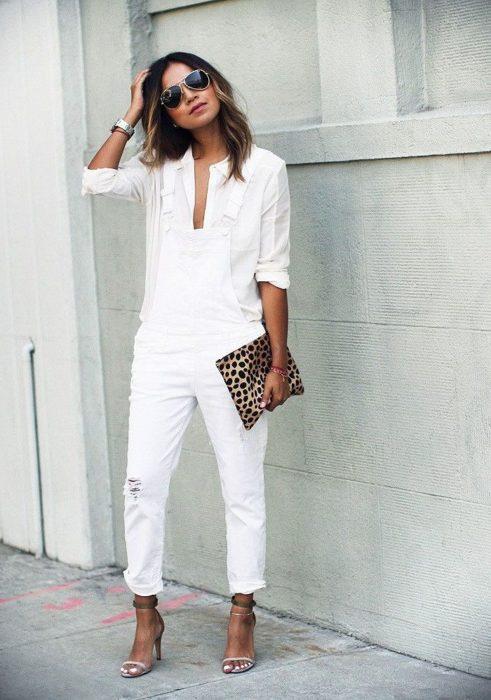 Outfit en color blanco para otoño