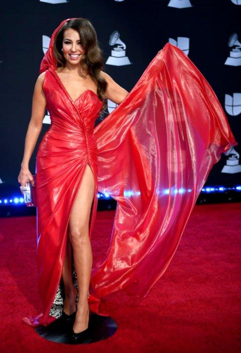 Los peores looks de los Latin Grammys 2019; Thalía