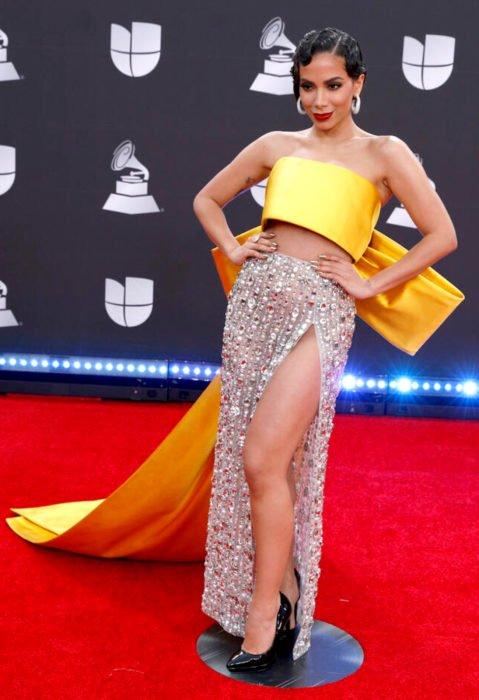 Los peores looks de los Latin Grammys 2019; Anitta