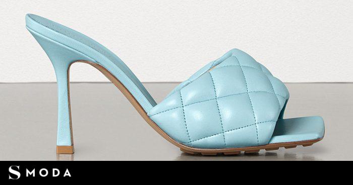 Los zapatos de punta cuadrada son tendencia (más allá de Bottega Venetta)