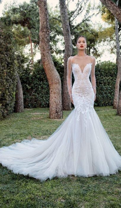 Chica con un vestido de novia en color blanco de corte princesa