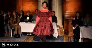 Los vestidos de voluminosos de Molly Goddard también se llevan con jerséis de punto | Moda, Pasarela