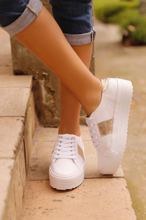 Tenis blancos de plataforma