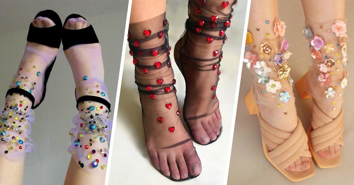Ideas sofisticadas para usar medias con brillos y flores