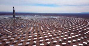 Chile inaugura la primera planta termosolar de Latinoamérica. Genera electricidad sin interrupciones