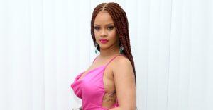 """Lee más sobre el artículo Nuevas calzas de la marca de Rihanna tienen un osado """"escote"""" en el trasero. Dividieron a los fans"""