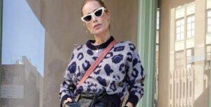 Lee más sobre el artículo Un Sweater De Estampado Animal Es Perfecto Para Armar Looks Cómodos Pero Ultra Chic