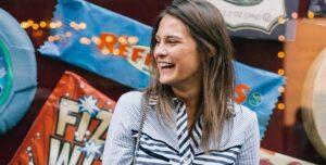 Lee más sobre el artículo 10 Trucos De Cortes Y Peinados Para Chicas De Baja Estatura